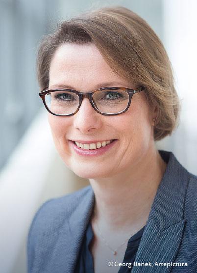 Dr. Stefanie Hubig
